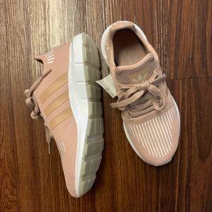 adidas Shoes - Adidas Originals Swift Run Blush Shoe
